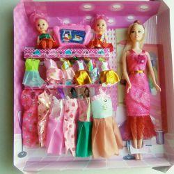 Set of 3 dolls with wardrobe