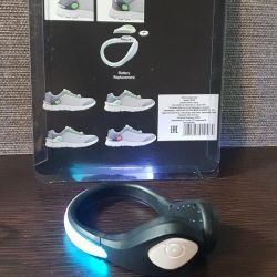 Clip on sneakers