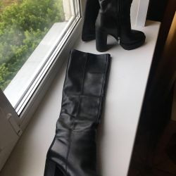 Leather boots u / y