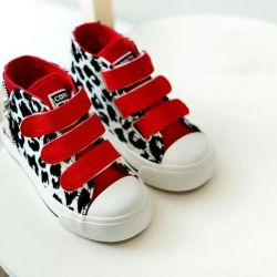 Stylish high sneakers sneakers new