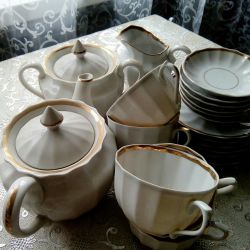 Ağırlıksız Porselen Çay Takımı