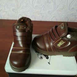 Новые зимние детские ботинки 29-30 размер