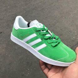 Yeni spor ayakkabı Adidas, sonbahar, 41 p (27 cm)