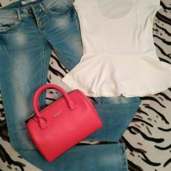 Jeans + blouse in perfect condition 👌