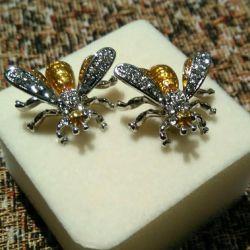 Cufflinks Bee