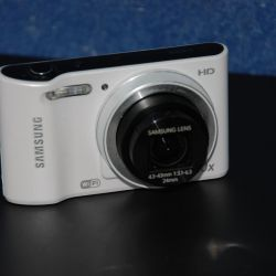 Samsung WB30F digital camera (16.6MP, Wi-Fi)