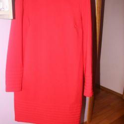 Платье красное осенее Balunova