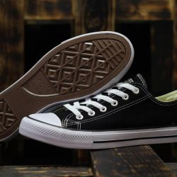 ALL STAR Converse Black Low Top Sneakers