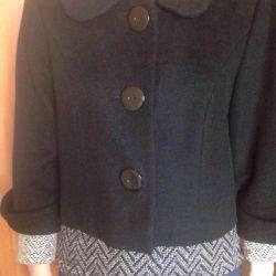 2 Coat cashmere size 44-46. Second coat 42