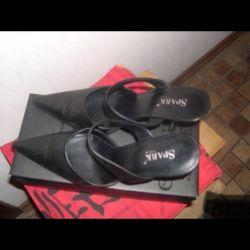 Black Leather Szabo, Italy39