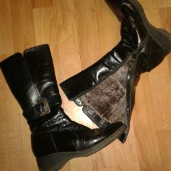 Natural leather and fur boots