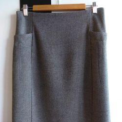 Skirt ZARA p.46
