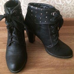 Μαύρες μπότες αστραγάλου 40τ.