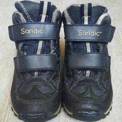 Boots pentru un băiat 25 r