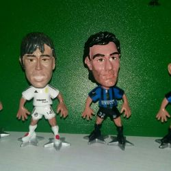 Figures of football players