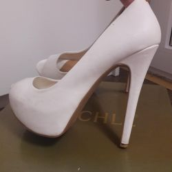 Pantofi albi 35-36