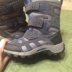 Winter boots, size 31