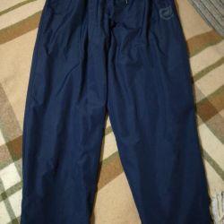 Τα παντελόνια είναι ανθρώπινα. Μέγεθος 52-54