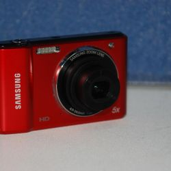 Samsung ES90 Digital Camera (14.4Mp)