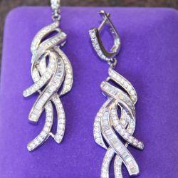 Kübik zirconias ile gümüş küpeler