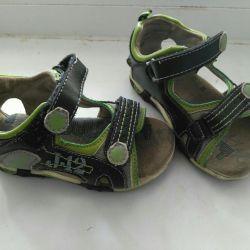 Παιδικά δερμάτινα σανδάλια (σανδάλια)