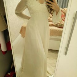 Wedding dress milk color