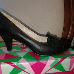 Shoes 41 times, leather