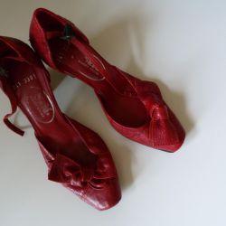 Παπούτσια νέο δέρμα