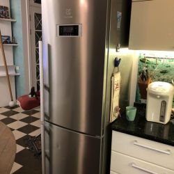 Refrigerator Electrolux
