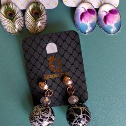 Earrings. 100 rubles for each.