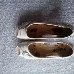Ayakkabı aç 39