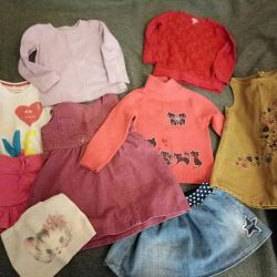 Ρούχα για ένα κορίτσι 2-3 ετών