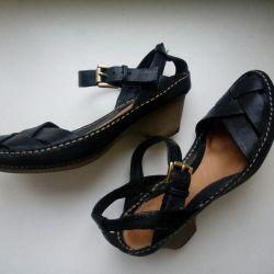 Sandale din piele Clarks Anglia