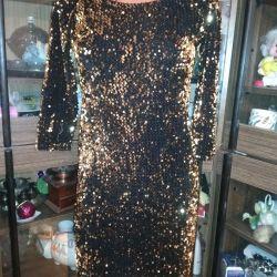 Payetler ile Noel elbise