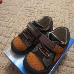 Μπότες, παπούτσια για το αγόρι, 22 μεγέθη.