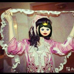 national uzbek costume