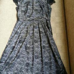 Σατέν φόρεμα με δαντέλα