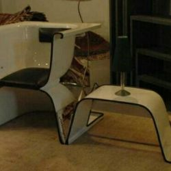Armchair and magazine / table and sofa from the bath.