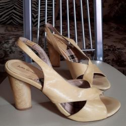 Italian sandals. Leather