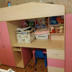 Crib bed loft