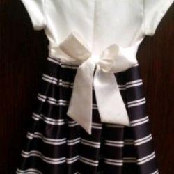 Rost110-116 üzerinde, kız üzerinde zarif elbise