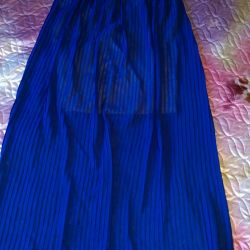 Pleated skirt. Size 46