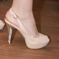 New sandals top secret