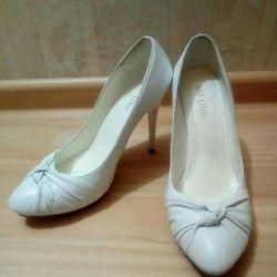 Белые туфли 36 р-р