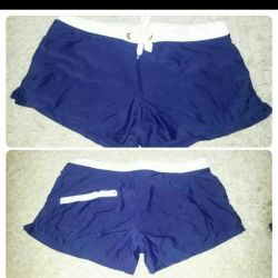 New size 48 swimming trunks