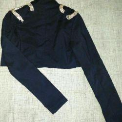 Укороченный пиджак. Новый. Размер xs.