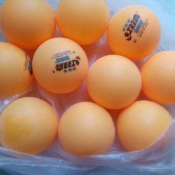 10 mingi de ping pong