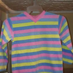 Girl's sweater