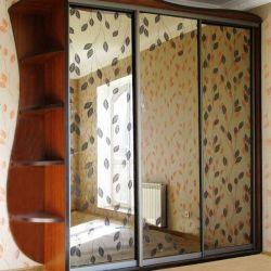 Sliding wardrobe Linear Mirror with Patterns