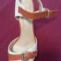 Sandals 👍